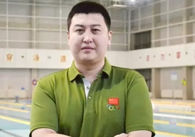 长沙资深游泳教练员