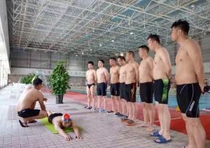 游泳救生员培训班